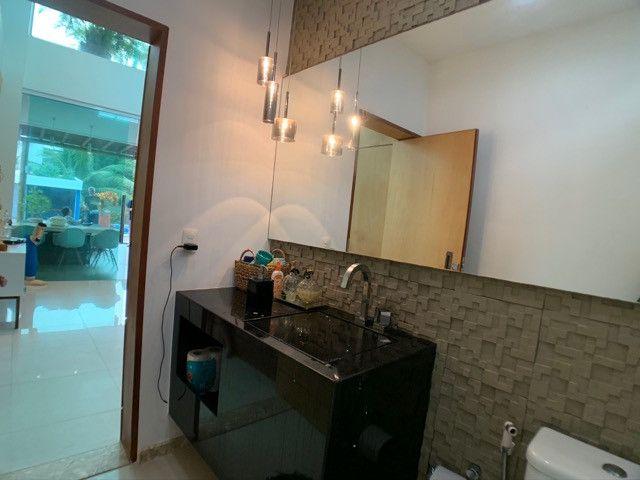 Casa linda e aconchegante com 4 suítes e localizada no Condomínio Laguna. - Foto 9