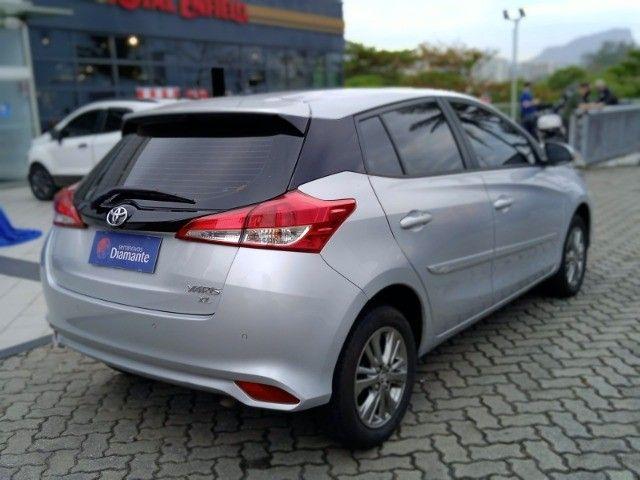 Toyota Yaris 2021 com 17.000km muito novo! - Foto 4