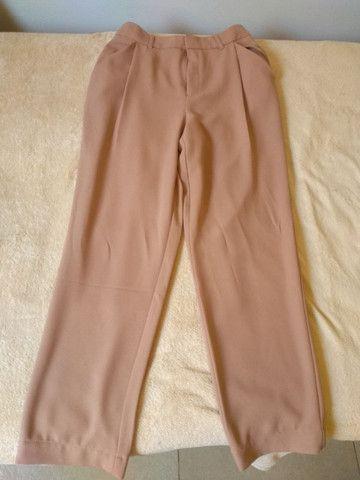 [Leia a Descrição] Roupas Novas - Calças, Vestidos, Blusa, Camiseta  - Foto 4