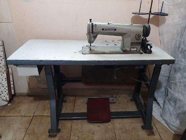 maquinas de costura  p/ tapeçaria  e  bomba p/ impermeabilizar tecidos  - Foto 4