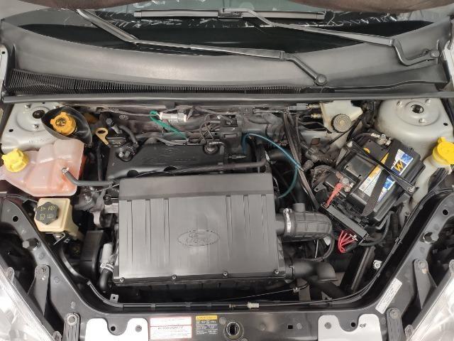 Ford Fiesta Hatch 1.6 Class Completo - Foto 7