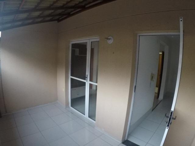 E.R-Apartamento com 2 quartos com quintal perto da praia de Manguinhos - Foto 2