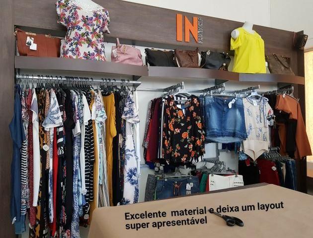 Vendo móveis de loja de roupas e acessórios em geral