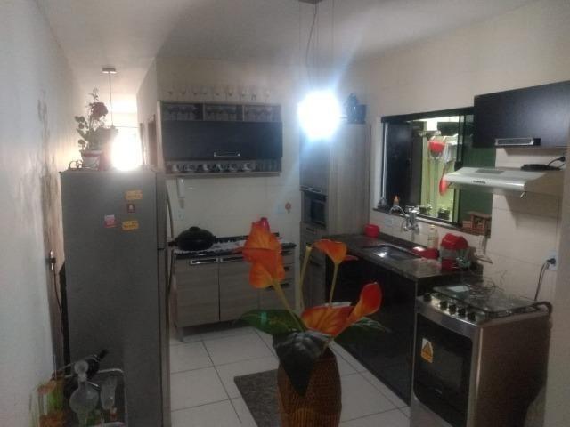 Casa frente de rua 02 qtos garagem no Centro de Nilópolis RJ. Ac carta!