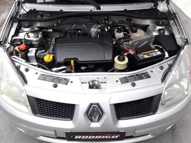 Renault Sandero Exp 1.0 - 2010 - Foto 2