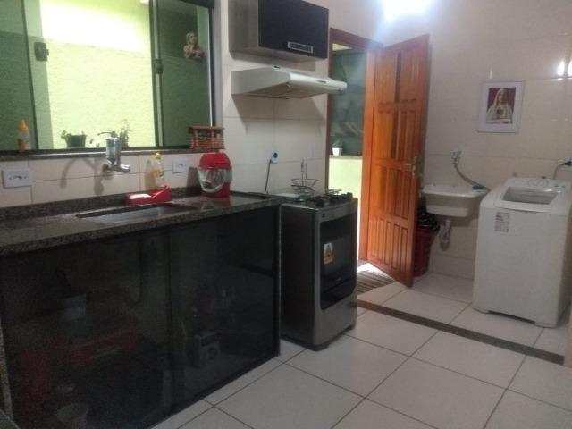 Casa frente de rua 02 qtos garagem no Centro de Nilópolis RJ. Ac carta! - Foto 4