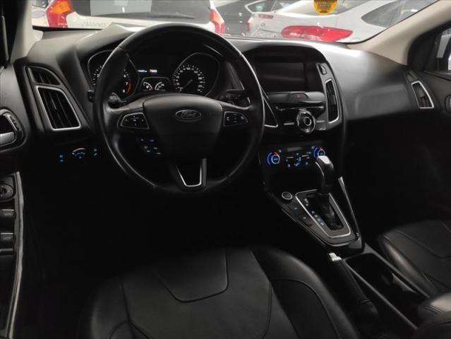Ford Focus 2.0 Titanium 16v - Foto 5