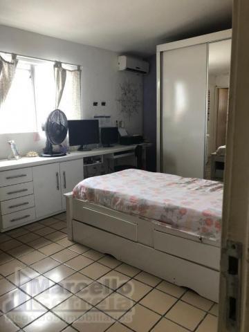 Casa com 5 Quartos à Venda, 360 m² por R$ 620.000 - Foto 10