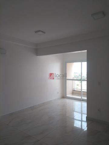 Apartamento com 3 dormitórios para alugar, 70 m² por R$ 1.600/mês - Boa Vista - São José d
