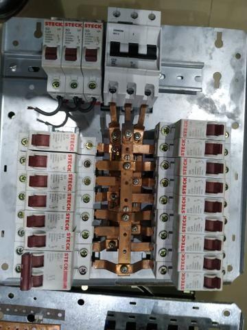Quadro Elétricos com Barramentos - Foto 2