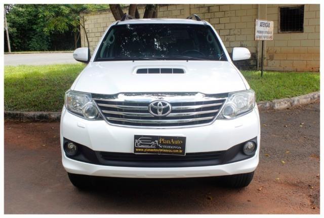 Toyota Hilux Sw4 SRV 4x4 4P - Foto 3