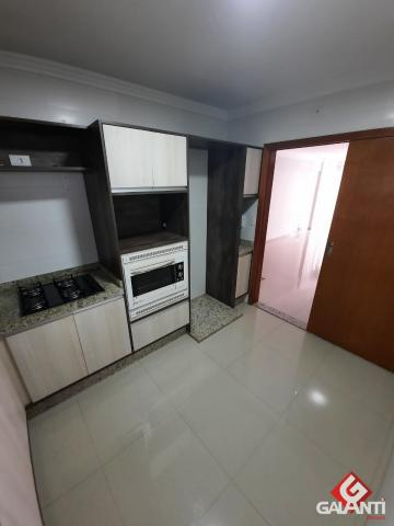 8055 | Apartamento para alugar com 3 quartos em NOVO CENTRO, MARINGÁ - Foto 7