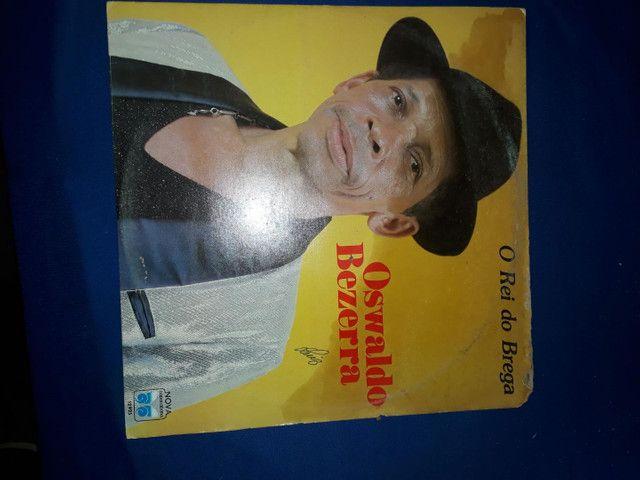 Discos de vinil 40 por 120 reais barbada - Foto 4
