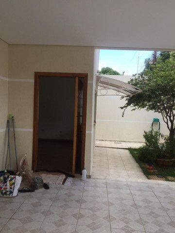 Linda casa. Bairro Planalto. Alugada por 1.500,00 - Foto 11