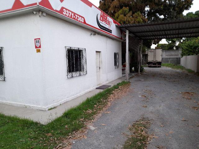 Alugo casa no bairro Shell para fins comerciais - Foto 8