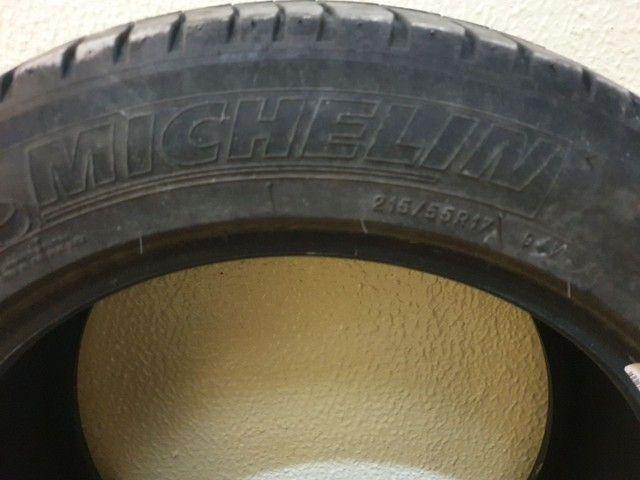 Par de pneus Michelin 215 55 17 - Foto 6
