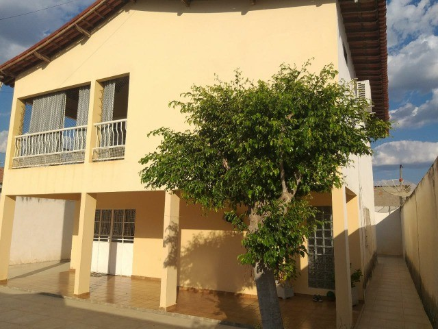 Vende-se Casa Próxima a Praça Academia das Cidades de Serra Talhada-PE - Foto 2