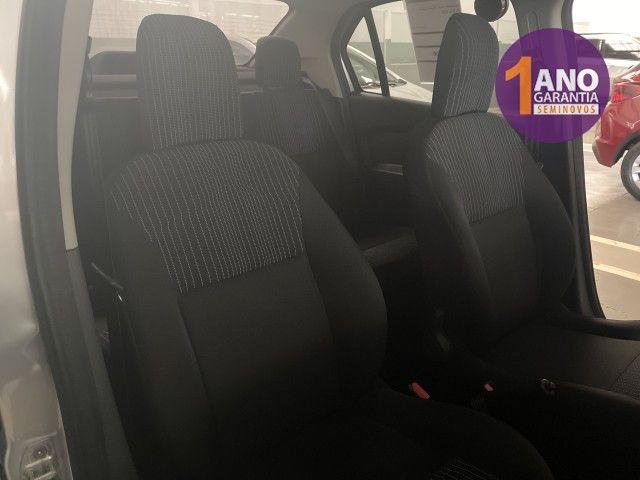 Renault Logan Authentique 1.0 12V SCe (Flex) - Foto 8