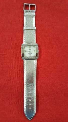 Relógio Champion Passion Quartz com cristais-todo aço inox