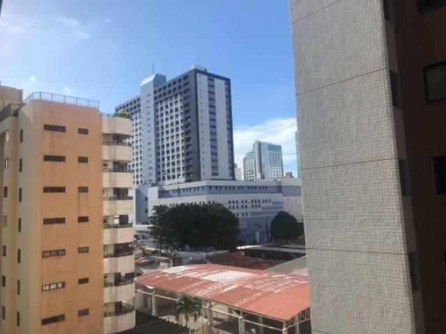 PX: Edf. João Ferreira Gomes, apt com três quartos duas suítes, próximo à quatro shoppings - Foto 7