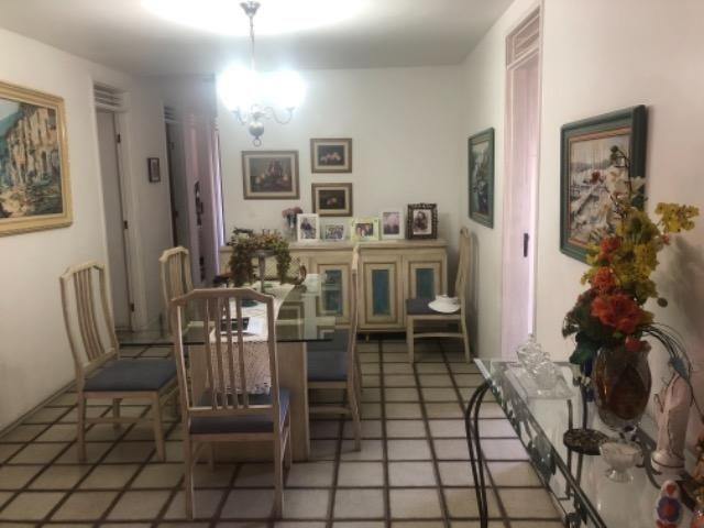 PX: Edf. João Ferreira Gomes, apt com três quartos duas suítes, próximo à quatro shoppings - Foto 5
