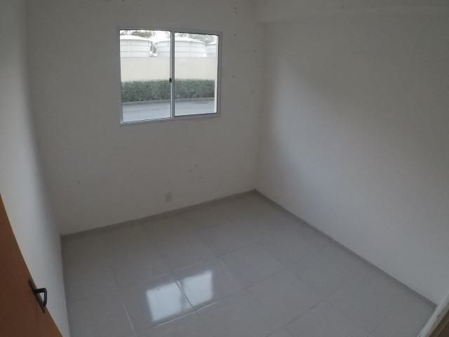 E.R-Apartamento com 2 quartos com quintal perto da praia de Manguinhos - Foto 5