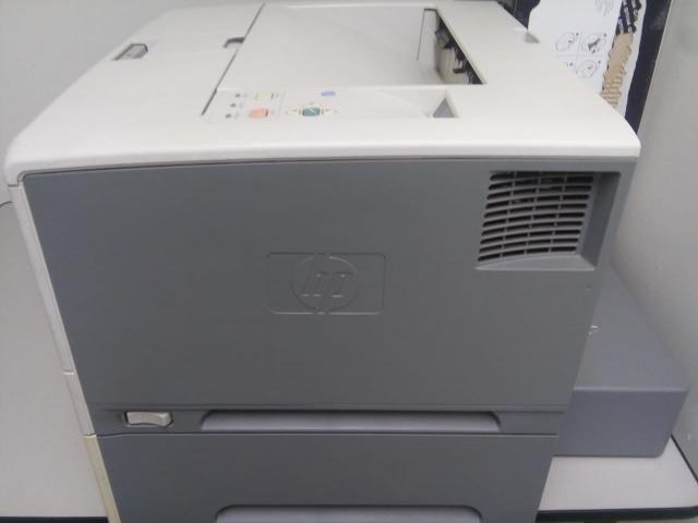 Impressora HP LaserJet 5200tn - Foto 4