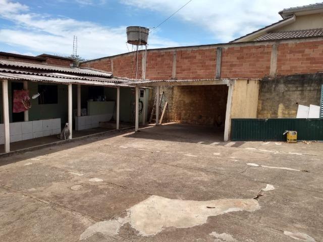 Barração divisa com B ilda - Foto 15