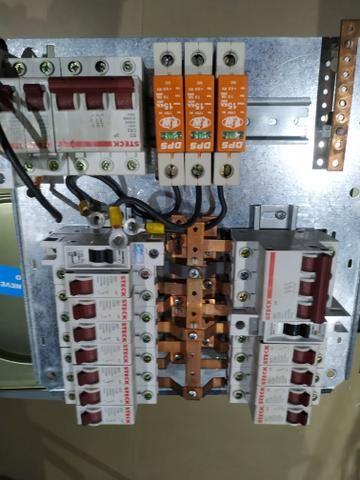 Quadro Elétricos com Barramentos