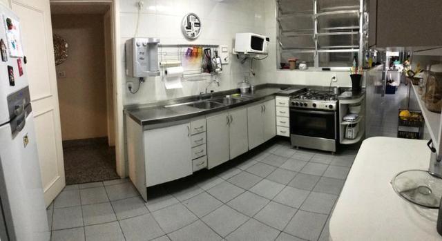 Vende-se Apt° Duplex com 06 suítes, 04 vagas de garagem, no Verbo Divino, BM!!! - Foto 18