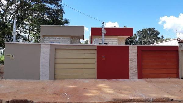 Casa com 3 quartos - Bairro Setor Laguna Parque em Trindade