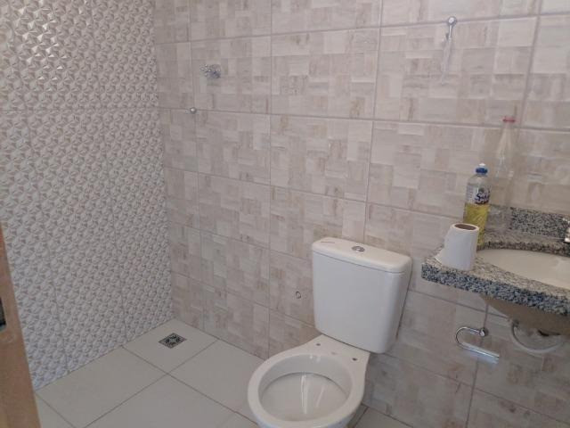 Linda Casa no Asfalto Próximo U.C.D.B - Foto 15