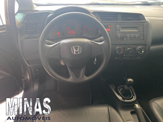 Honda Fit Lx 1.5 2015 manual - Foto 5