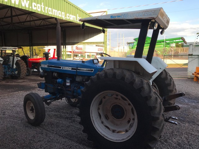 Ford 5030 4x2 ano 1994 - Foto 6
