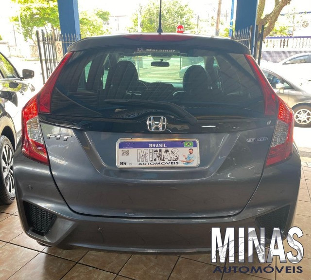 Honda Fit Lx 1.5 2015 manual - Foto 7