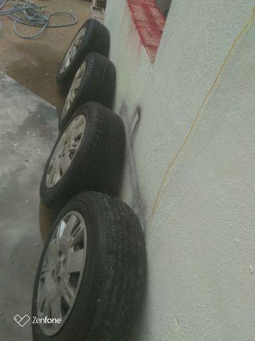 Jogo de Roda 15 Fiat pra sair !! - Foto 3