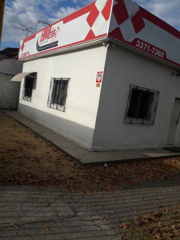 Alugo casa no bairro Shell para fins comerciais - Foto 4