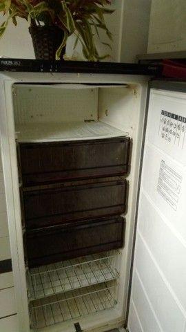Freezer Vertical em ótimo estado de uso - Foto 4