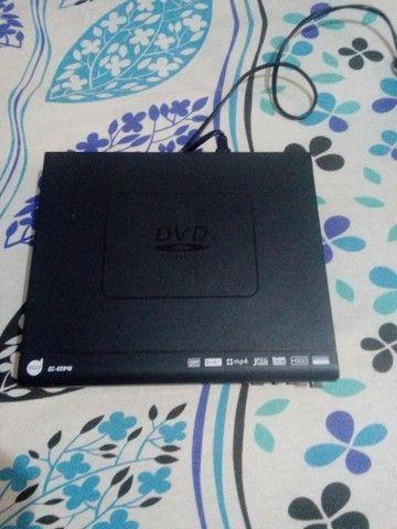 Vende um aparelho de DVD no valor 100 avista no Dinheiro. - Foto 4