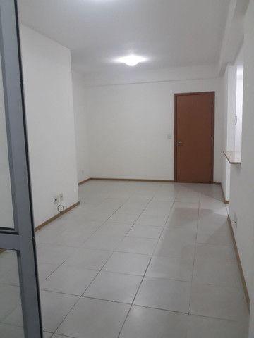 Maravilhoso apartamento 3qtos sendo um suíte  - Foto 4