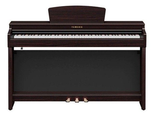 Piano Digital Yamaha Clavinova Clp 725r - Rosewood (Mixer Instrumentos)