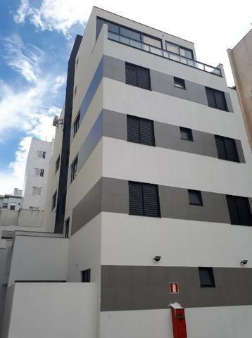 Excelente apartamento de 2 quartos no bairro Castelo!!
