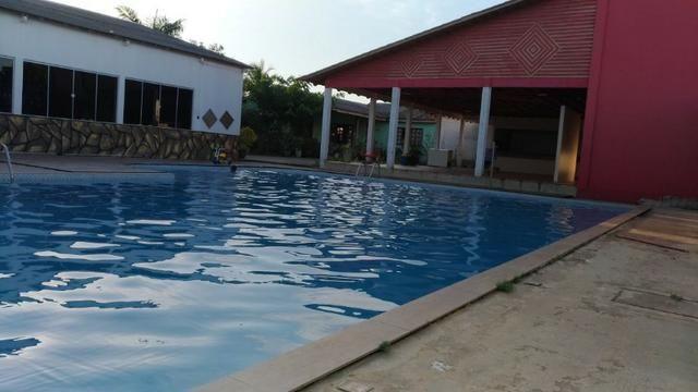 Academia Completa com Residencia, Piscina e Salão de Festas