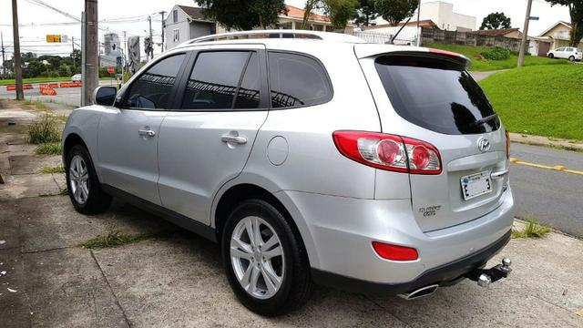 Hyundai Santa Fe muito nova!!!