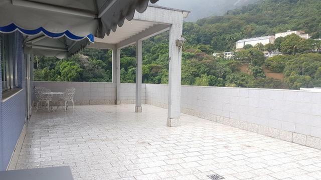 Cobertura Linear com Terraço, Vista para o verde!