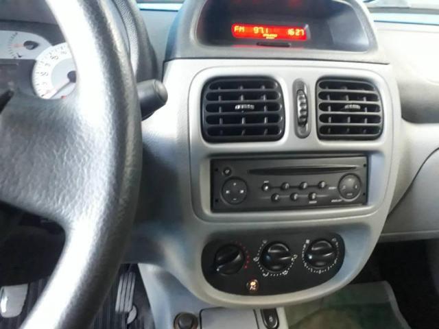 Renault Clio Sedan Privilege - Foto 12