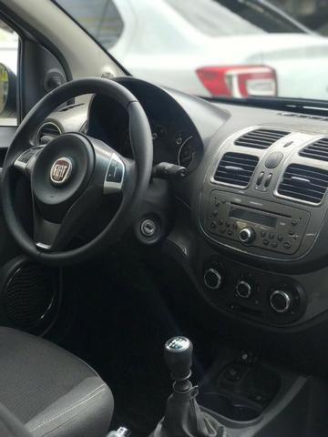 Fiat Grand Siena 2017 + GNV (Único Dono, novo) - Foto 5