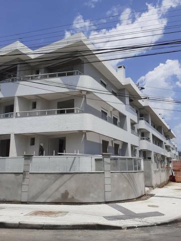 G*Floripa* apartamento a menos de 750 metros da praia. *