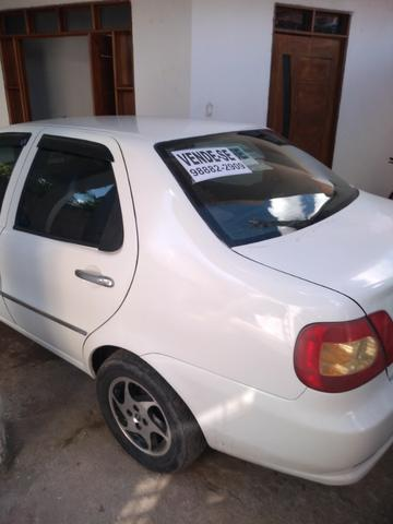 Vendo um Fiat Siena em perfeito estado ano 2006
