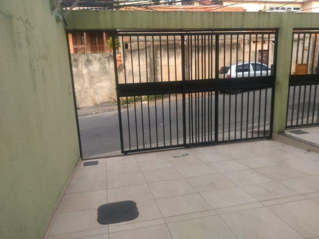 Casa frente de rua 02 qtos garagem no Centro de Nilópolis RJ. Ac carta! - Foto 15